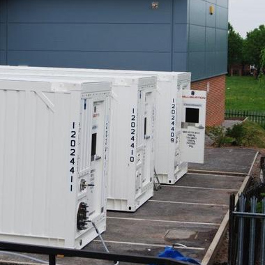 Containers in position, housing UV filtering equipment.